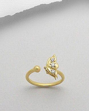 Inel argint aurit - zirconiu - flutureInel interesant, realizat din argint 925 placat cu aur galben de 14k si decorat cu zirconiu alb. Design: fluture. Latime maxima: 12 mm. Greutate: 2,1 gr. Ajustabil pentru masurile 5 si 6 (SUA).