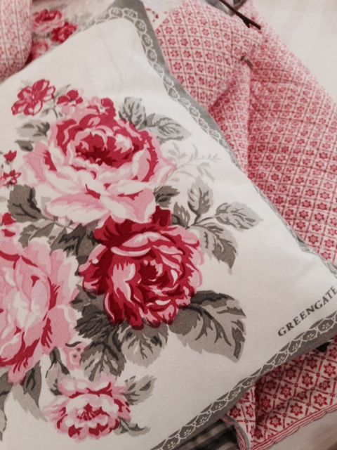 greengate kissen coco white. Black Bedroom Furniture Sets. Home Design Ideas