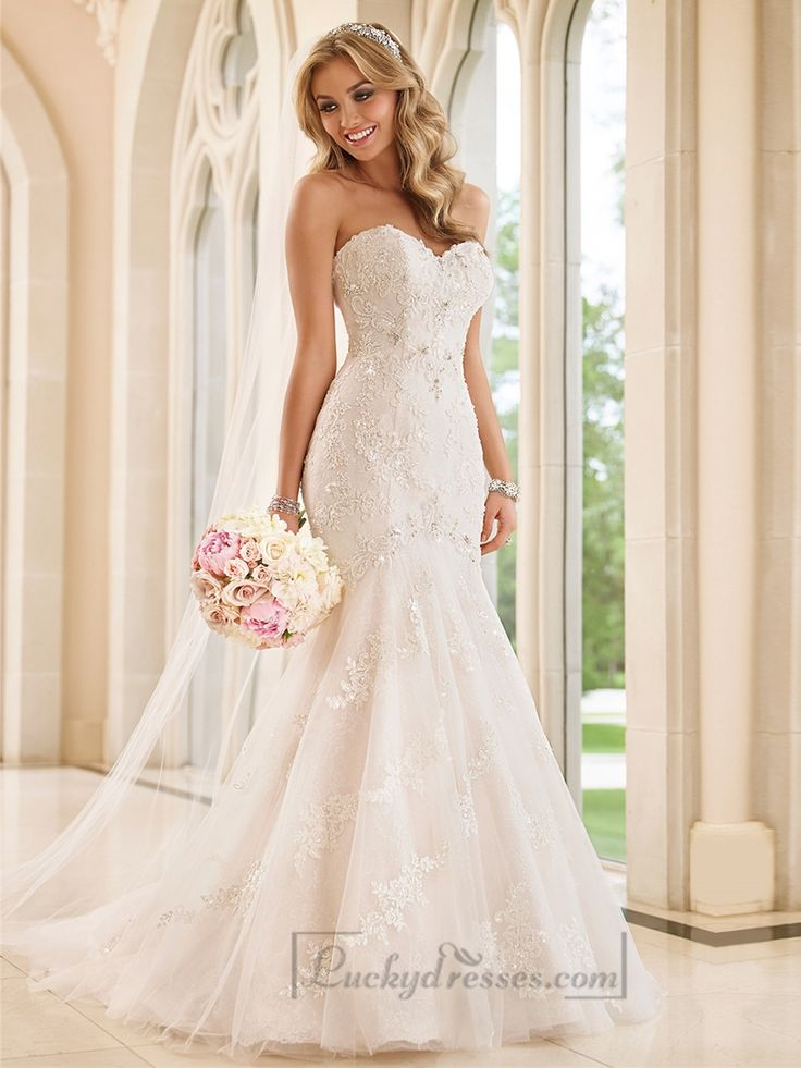 Strapless Sweetheart Fit and Flare Crystals Beading Lace Wedding Dresses