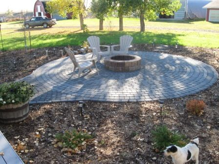 Circular Paver Patio With Fire Pit Tyres2c