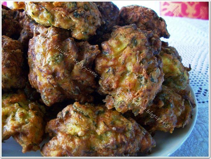 Η απόλαυση της βρώσης ~ Ας μαγειρέψουμε: Οι καλύτεροι κολοκυθοκεφτέδες που έφαγα-έφτιαξα!