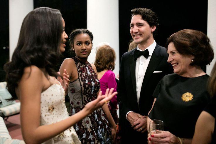 Here's What Happened When Sasha Obama Met Ryan Reynolds  - HarpersBAZAAR.com