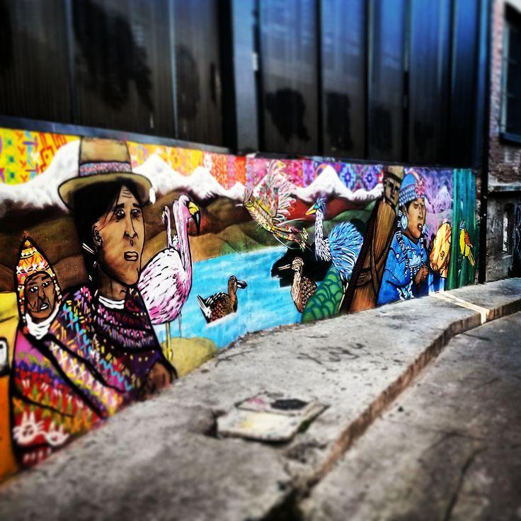 mural-valparaiso-indigenas-voyhoy