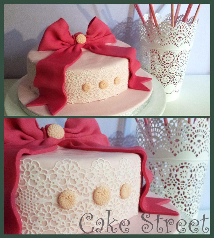 Vintage Lace Cake!