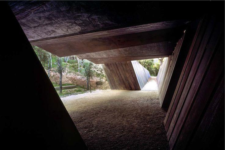 Imagen 6 de 10 de la galería de ¿Quiénes son RCR Arquitectes? 9 cosas que debes saber sobre los nuevos ganadores del Premio Pritzker. Bell–Lloc Winery (2007). Image © Hisao Suzuki. Image Cortesía de Pritzker Prize