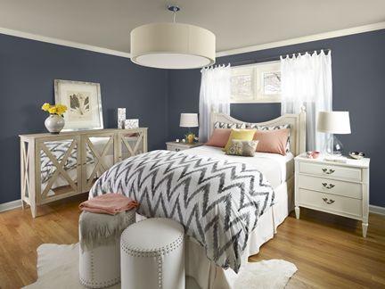 New Traditional bedroom 2-walls: evening dove (2128-30), ceiling: baja dunes (997), trim: seapearl (OC-19), accent color: golden straw (2152-50)