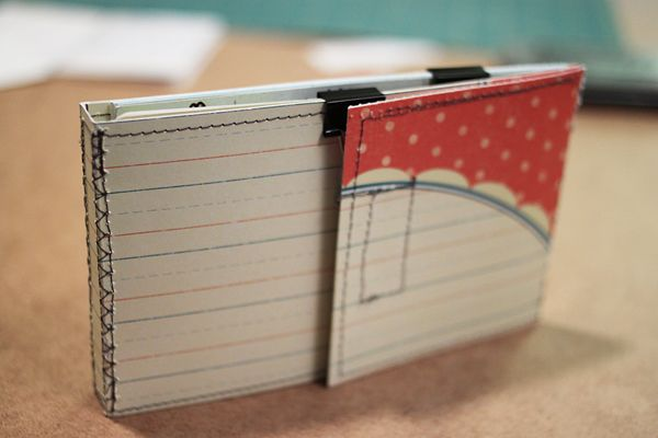 4x6 index card folder tute - totally cute! would be great to make one for menu/grocery shopping - add tearoff grocery list pad and pocket for coupons.