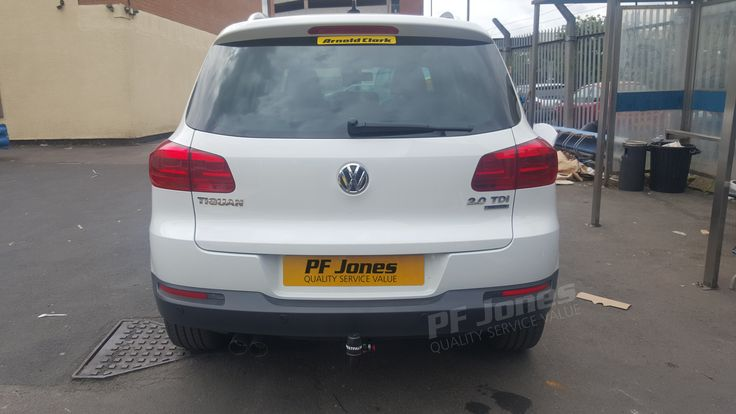 Volkwagen Tiguan 2013 fitted with a Westfalia detachable swan neck towbar