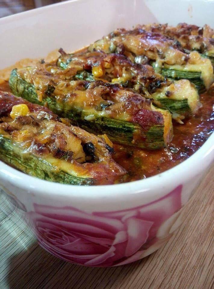 Enchiladas aux courgettes et au poulet est un savoureux plat dépaysant, plein de saveurs, onctueux, nous transportant au Mexique