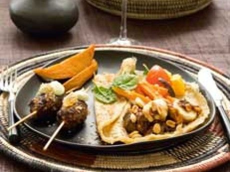 Köttgryta med curry, torkad frukt och jordnötssmör