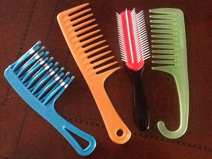 L R Curl Detangling Comb Wide Tooth Comb Denman Brush