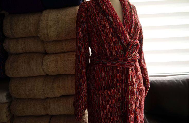 Luxuriously thick & soft bathrobe woven from GOTS certified organic cotton in the Ottoman looped technique.  #jennifershamam #organiccotton #handloom #weaving #bathrobe #loopedcotton #Turkey