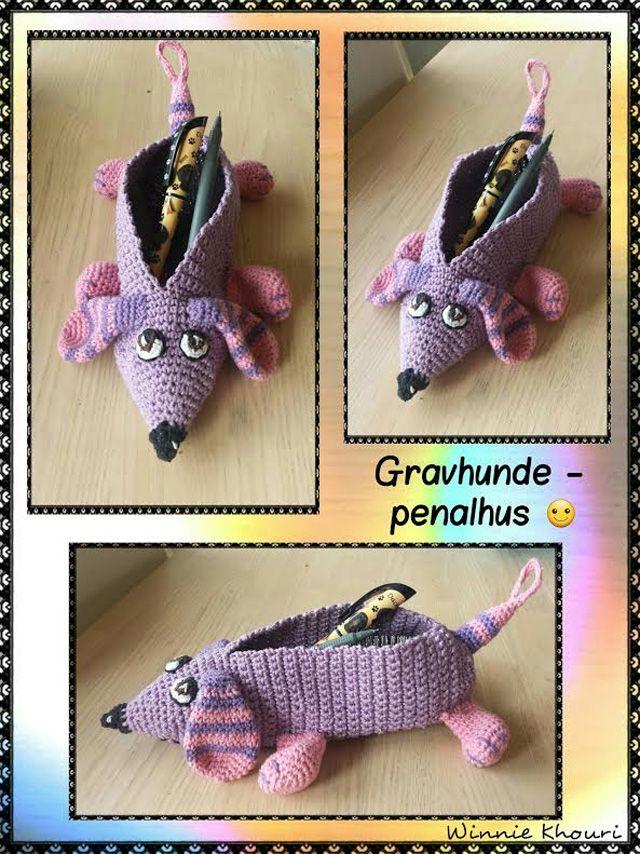 Strikkefåret: Hæklet gravhunde etui/penalhus