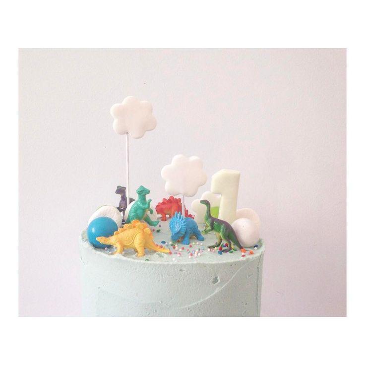 "358 Me gusta, 7 comentarios - hello naomi 🍰 specialty cakes (@hellonaomicakes) en Instagram: ""#hellonaomibuttercream"""