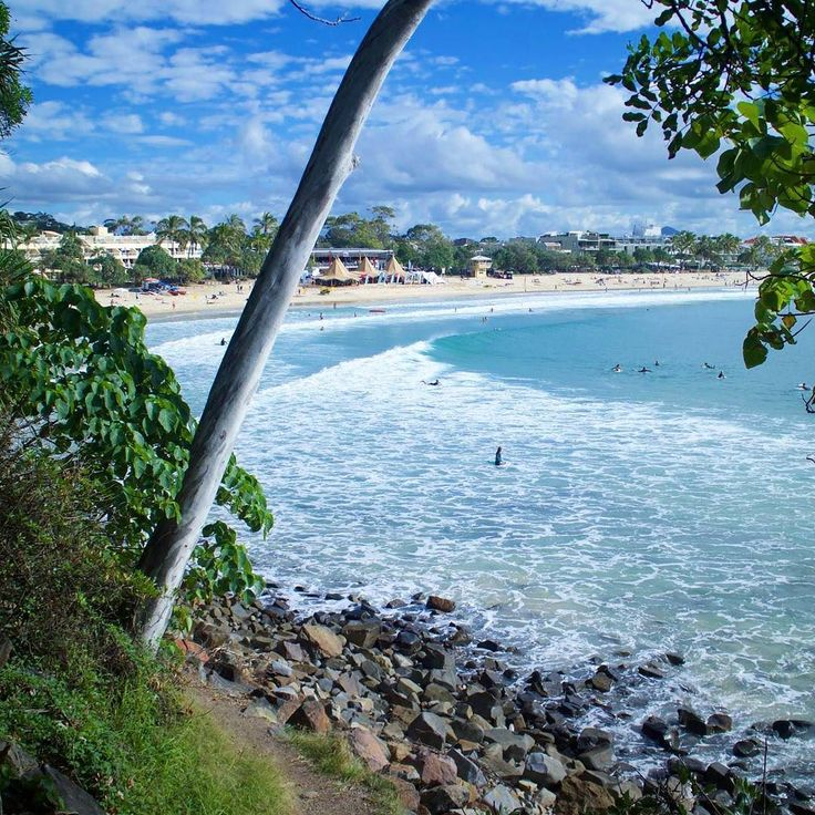 Less than 6 weeks until #Christmas guys! Eeek! I think I'm even more excited because I know that after Christmas comes our next event travelling the world! Woot Woot!  What's getting you most excited about the new year?  Check out this stunning location. This image was taken while exploring Noosa's coastline. Along the boardwalk you'll find a lookout platform (where this pic was taken) and park benches where you can sit and enjoy the amazing view & sunset. . // @sheenaneilofficial…