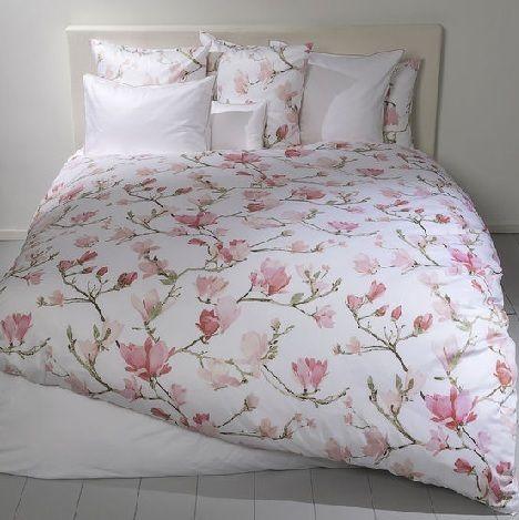 Christian Fischbacher madeleine satin wit rose magnolia tak satijn dekbedovertrek slaapkenner theo bot zwaag hoorn matrassen luxery bedlinnen  Romantisch