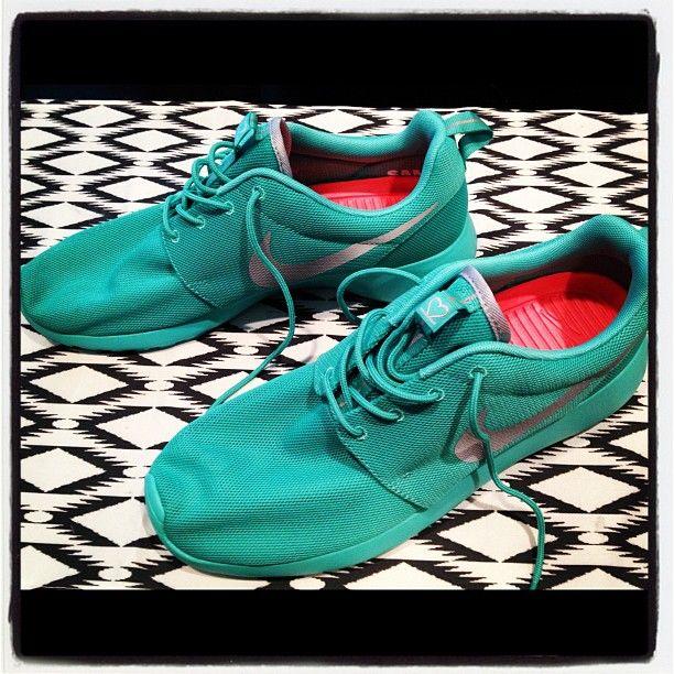 141 best Roshe Run images on Pinterest | Nike free shoes, Nike