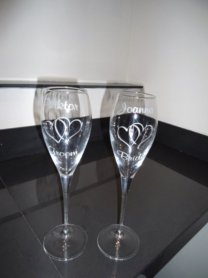 Wedding flutes personalised