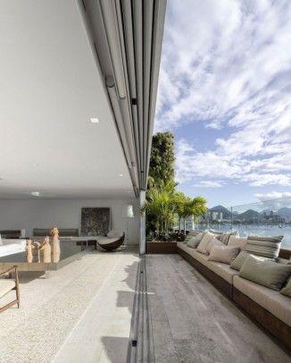 Offene Raumgestaltung in der modern renovierten Urca Penthouse-Wohnung
