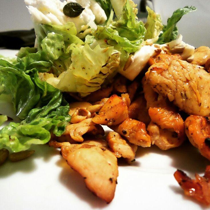 Co się upiecze to nie uciecze :) #indyk z grilla #salata #rzymska #salatka #grilled #turkey #salad #good #food #dobre #jedzenie #dobra #pasza #instafood #instagood #yum #yummy
