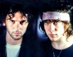 https://www.youtube.com/watch?v=QBu_bzxvgdI Песня с альбома «MGMT» 2013 года, музыкальный дуэт, основанный в Бруклине, Нью-Йорк, состоит из Эндрю ВанВингардена, Бена Голдвассера. В 2006 году подписали контракт с Columbia Records/Red Ink/Son. Альбом был выпущен со специальным...