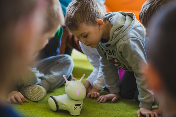 Photon: educational robot that teaches your kid how to code. We are going to hit Kickstarter soon. Stay tuned! Learn more here: http://www.meetphoton.com