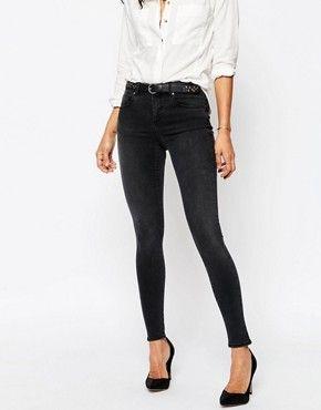 Suche: verwaschene jeans – Seite 1 von 9 | ASOS