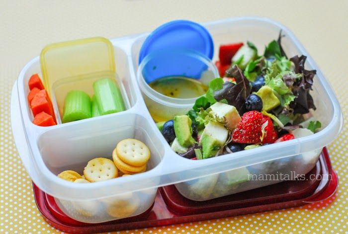 TONS of easy to packed lunches for school and work! | with @EasyLunchboxes and @Momables