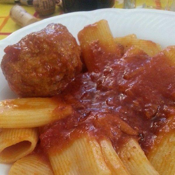 Paccheri with meat sauce meatballs - Paccheri con ragù di polpette - Luciano Pignataro Wineblog