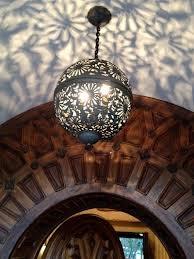Light fixture shadow effect