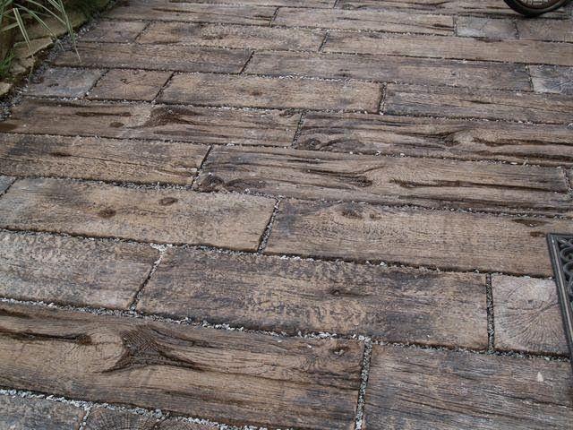 """""""dřevěná"""" dlažba - beton Brož"""