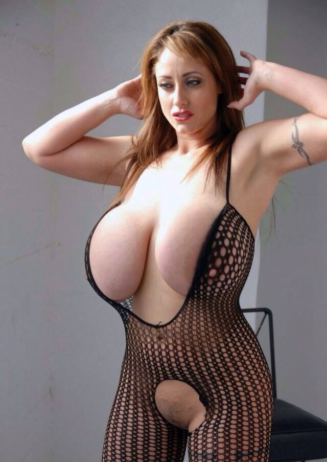 She busty real milf can