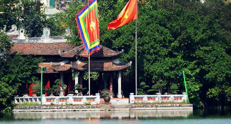 Palác Ngoc Son v Hanoji. #hanoj #cestovani #hoankiem #travel #vietnam