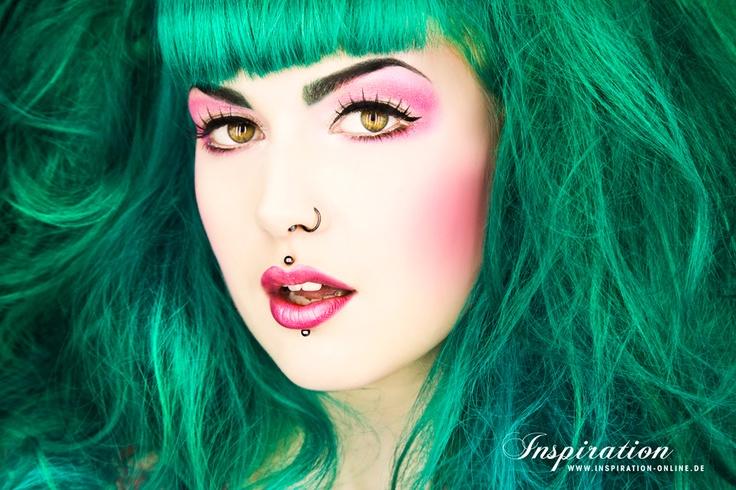 Älskar grönt hår!