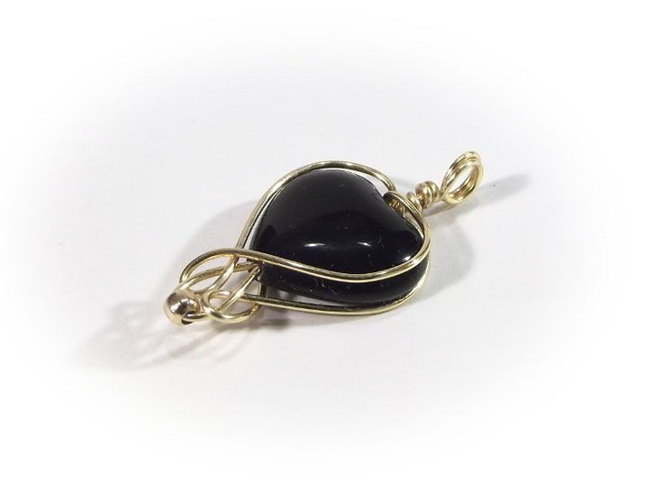 HEART set with black onyx  an elegant set: earrings - black onyx in gold-plated wire by Stonevibration on Etsy