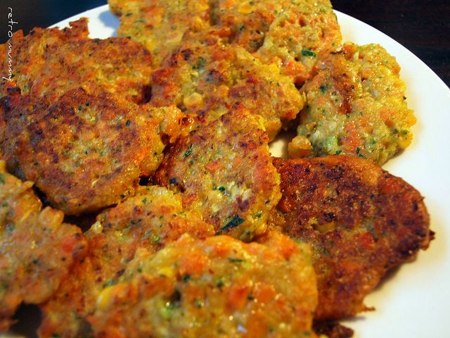These are veggie fritters.. close to a latke from what I can  tell..  Every time I look at them, I get hungry