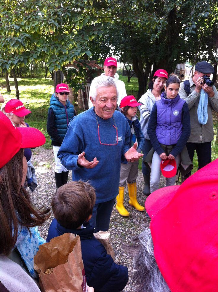 Piccole istruzioni su come si semina a mano.... - Cooperativa Ca' Magre, Isola della Scala (VR)