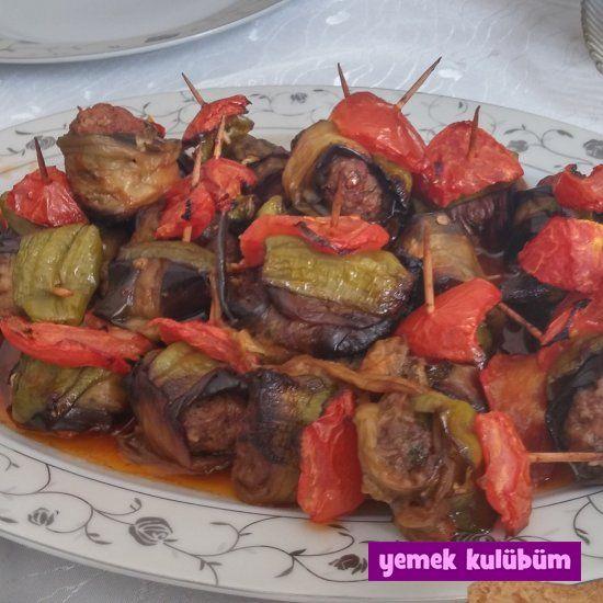 TARİF : İslim Kebabı     #yemekkulubum #yemek #tarif #yemektarifleri #yemektarifi #kebap #geleneksel #yöresel #etyemeği #patlıcan #salça #baharat #domates #biber #köfte #danakıyma #nefisyemekler