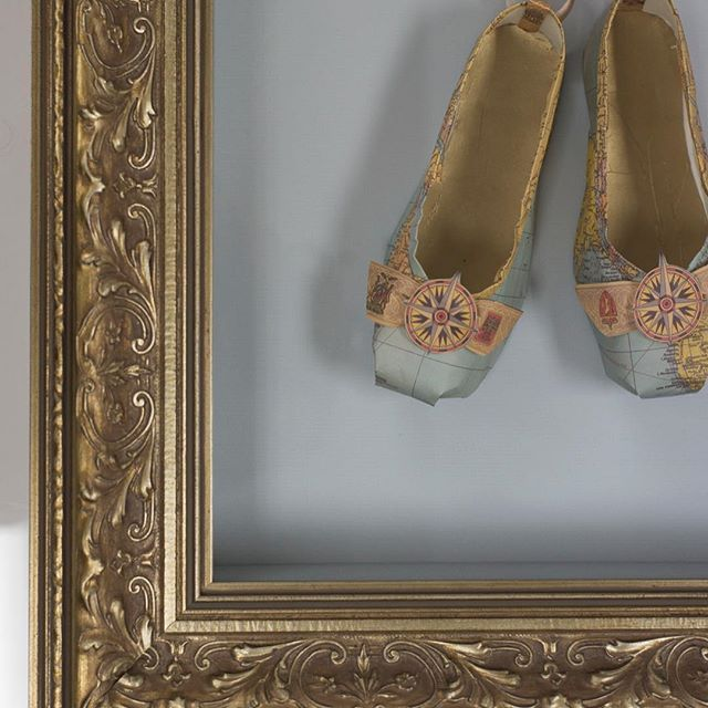 These paper map ballet slippers are just so gorgeous and delicate that they needed a frame to match that. This is both traditional and beautiful at the same time and works on so many different artworks. It comes in several different colours, including black and silver, and is a huge staple in our collection of frame samples | #pictureframing #framing #auckland #ponsonby #ballet #balletslippers