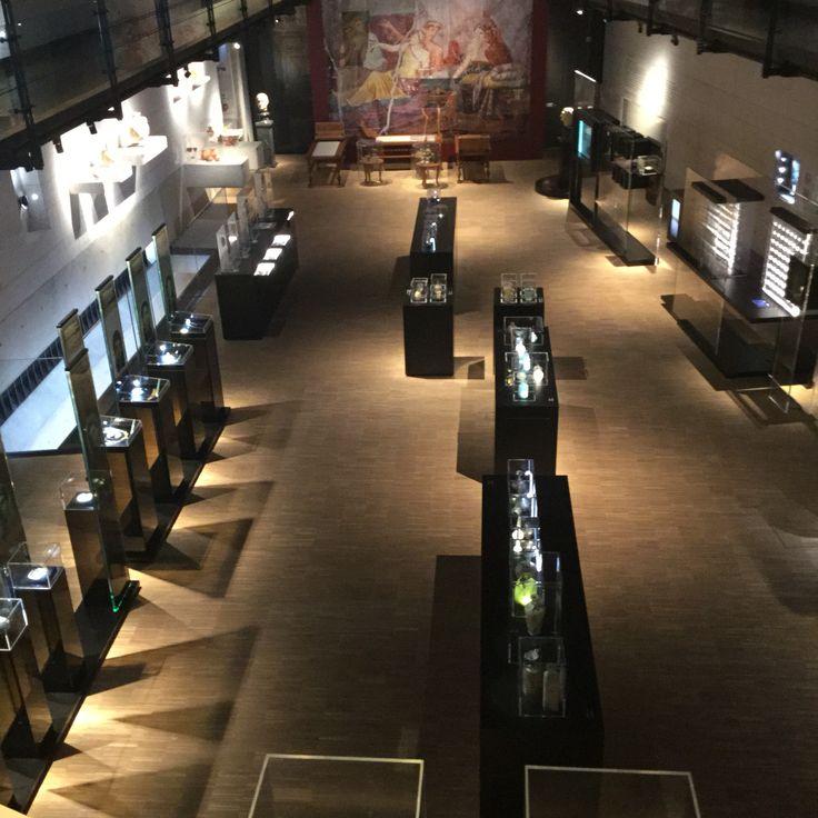 Erimtan Müzesi sergi alanı-orta kat  Erimtan Arkeoloji ve ...
