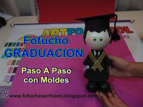 FOFUCHO PARA GRADUACION CON TOGA, BIRRETE Y MOLDES - YouTube