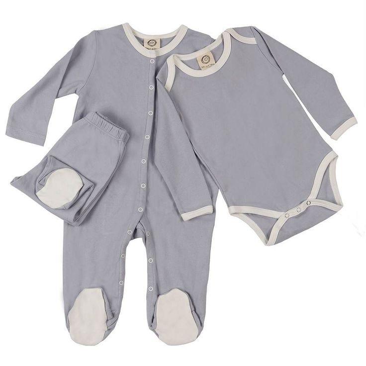 Mükemmel bebek hediyesini mi arıyorsunuz? Lila rengindeki Favori Pijamalarımızı Klasik Tulumumuzu ve Ayaklı Pantolonlarımızı önerebilir miyiz? Bizce bu yeni anneler ve bebekleri için en tatlı kombinasyon. Are you looking for the perfect baby gift? May we suggest our Favorite PJs Classic Onesie and Footed Pants in Lilac? It is the sweetest combination for any new mother and her baby.  #bebekkiyafetleri #cocukkiyafetleri #bebekurunleri #bebekbutigi #mutluluksebebi #bloggeranne #kafadinlemece…