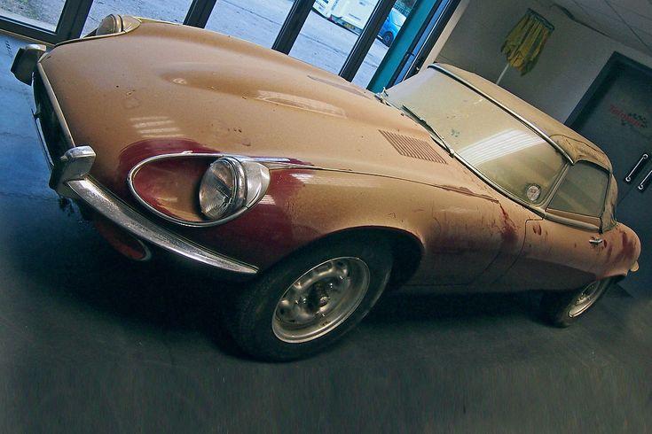 Auktion: Scheunenfund Jaguar E-Type V12 von 1963 - Bilder - autobild.de