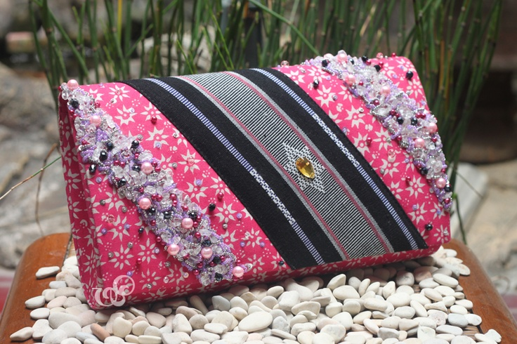 Modern version of truntum batik in deep pink color, still collaborating with NTB tenun. Nice.    clutchbag, clutch bag, batik bag, batik clutch bag, batik clutchbag, ethnic bag, ethnic clutch bag, ethnic clutchbag, handmade clutch bag, handmade clutchbag, made in indonesia, batik, tenun -made for mrs. Melly-