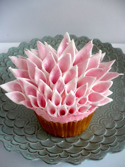 Couture Inspired Pink Cupcake Exotic Flower/Flowers Cupcakes! .... more cool pins at  http://www.Pinterest.com/jazevox