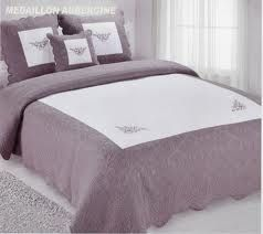 19 best images about couvre lit on pinterest spreads. Black Bedroom Furniture Sets. Home Design Ideas