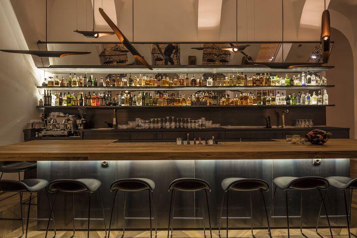baraka-restaurant-lounge-budapest-delightfull-unique-lamps-01_HR.jpg (2560×1707)