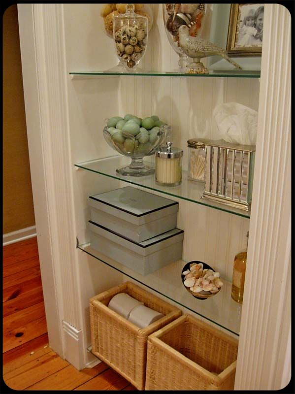 Love the idea of the glass shelf. There's an area in the new house where I could do this if I don't do a small mud room area.