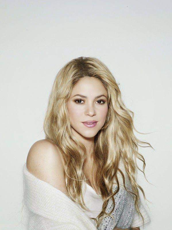 LAS CADERAS TABASCO: FOTO: Shakira por Jaume de la Iguana (2014)