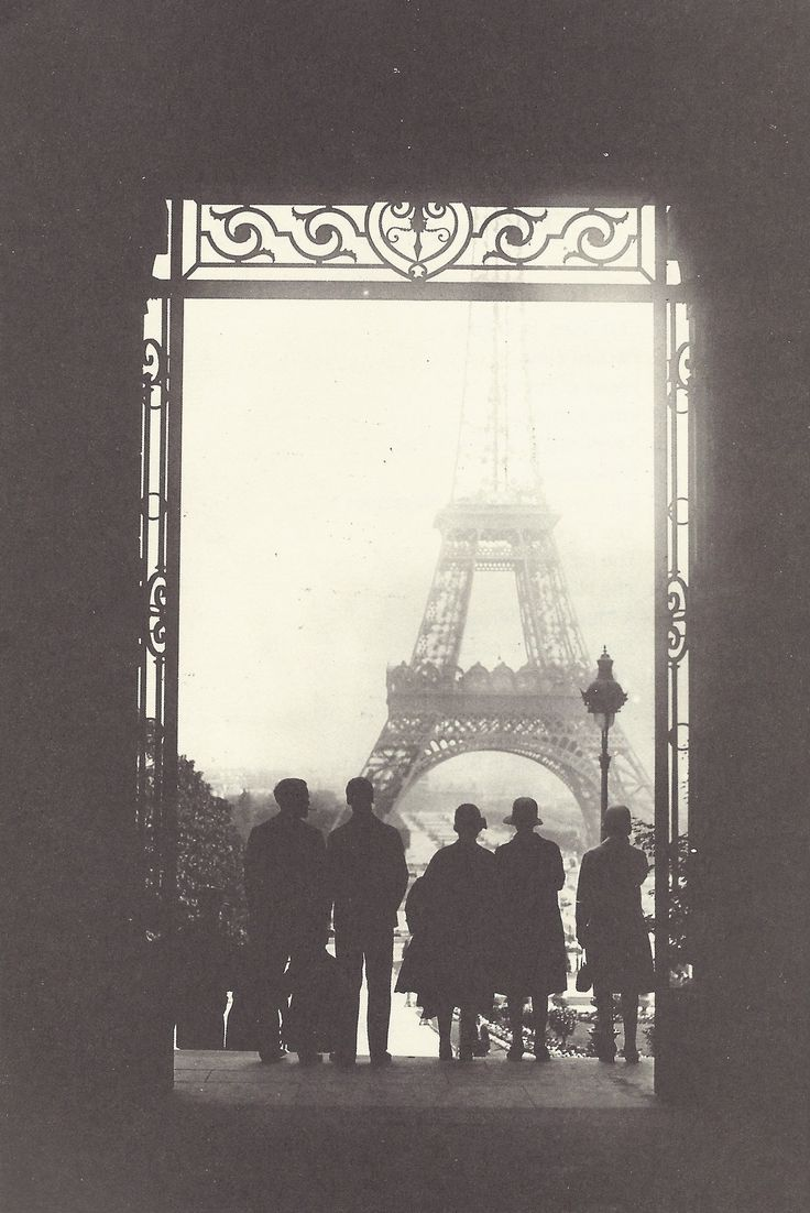"""Le cher visage de mon passé: Photo Paris circa 1920 """"The dear face of my past""""."""
